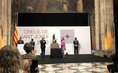 Teresa Capell collects the Creu de Sant Jordi